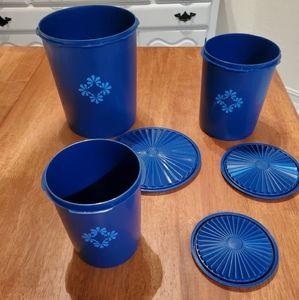 Servalier dark blue Tupperware